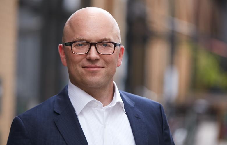 Constantin Fabricius vom Verband deutscher Kreditplattformen im Interview mit der BANKINGNEWS.